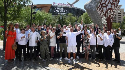 Culinary masters celebrate the kick off of Vegas Uncork'd by Bon Appétit (credit Las Vegas News Bureau)