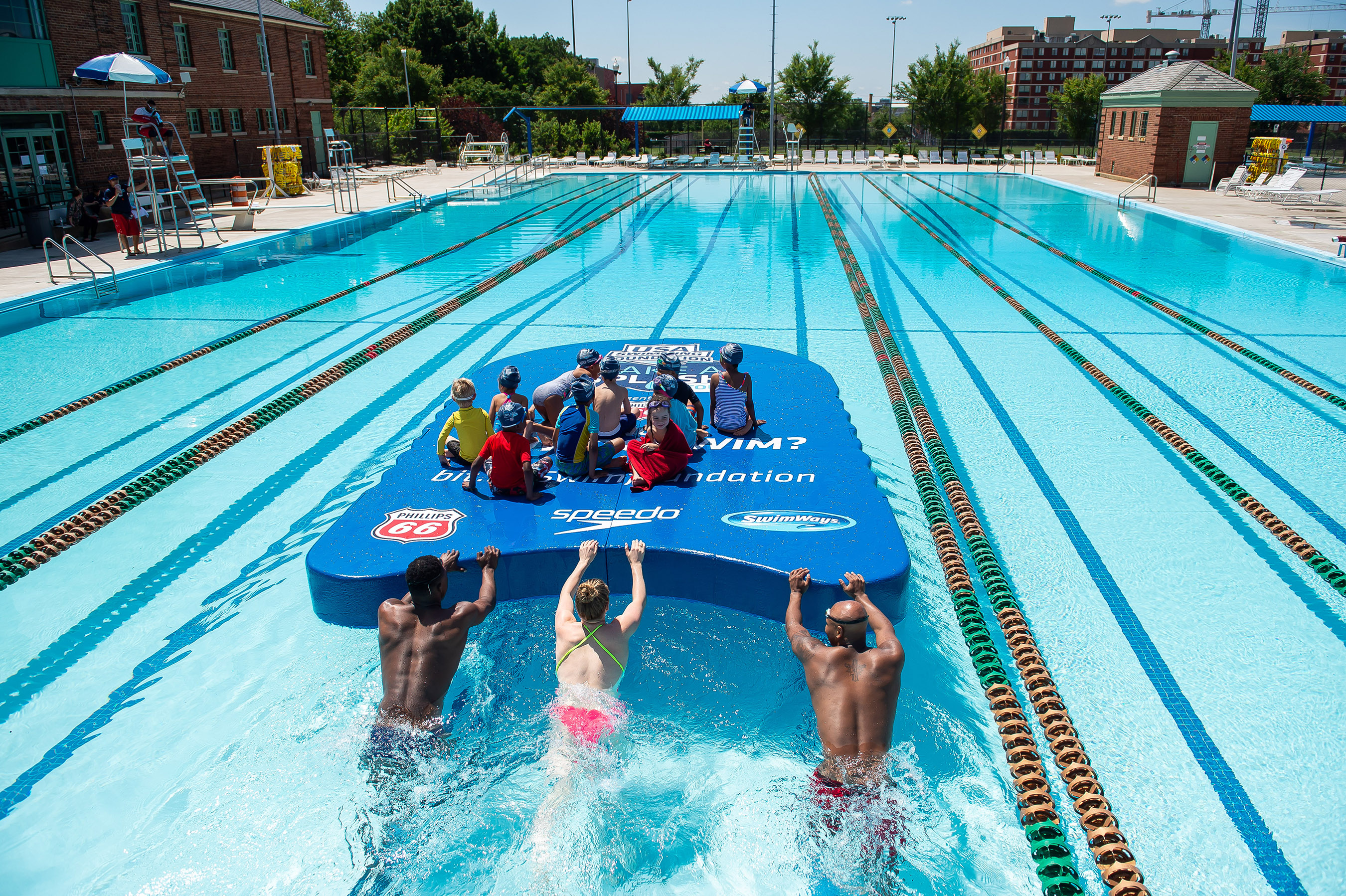 USA Swimming Foundation Sets GUINNESS WORLD RECORDS® for Largest Kickboard to Kick Off the 10th Annual Make a Splash Tour Presented by Phillips 66