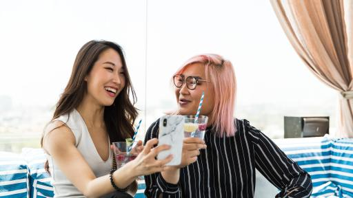 Soy Nguyen and Bell Yoo enjoy sparkling water at SodaStream's National Hydration Day Taste Test.