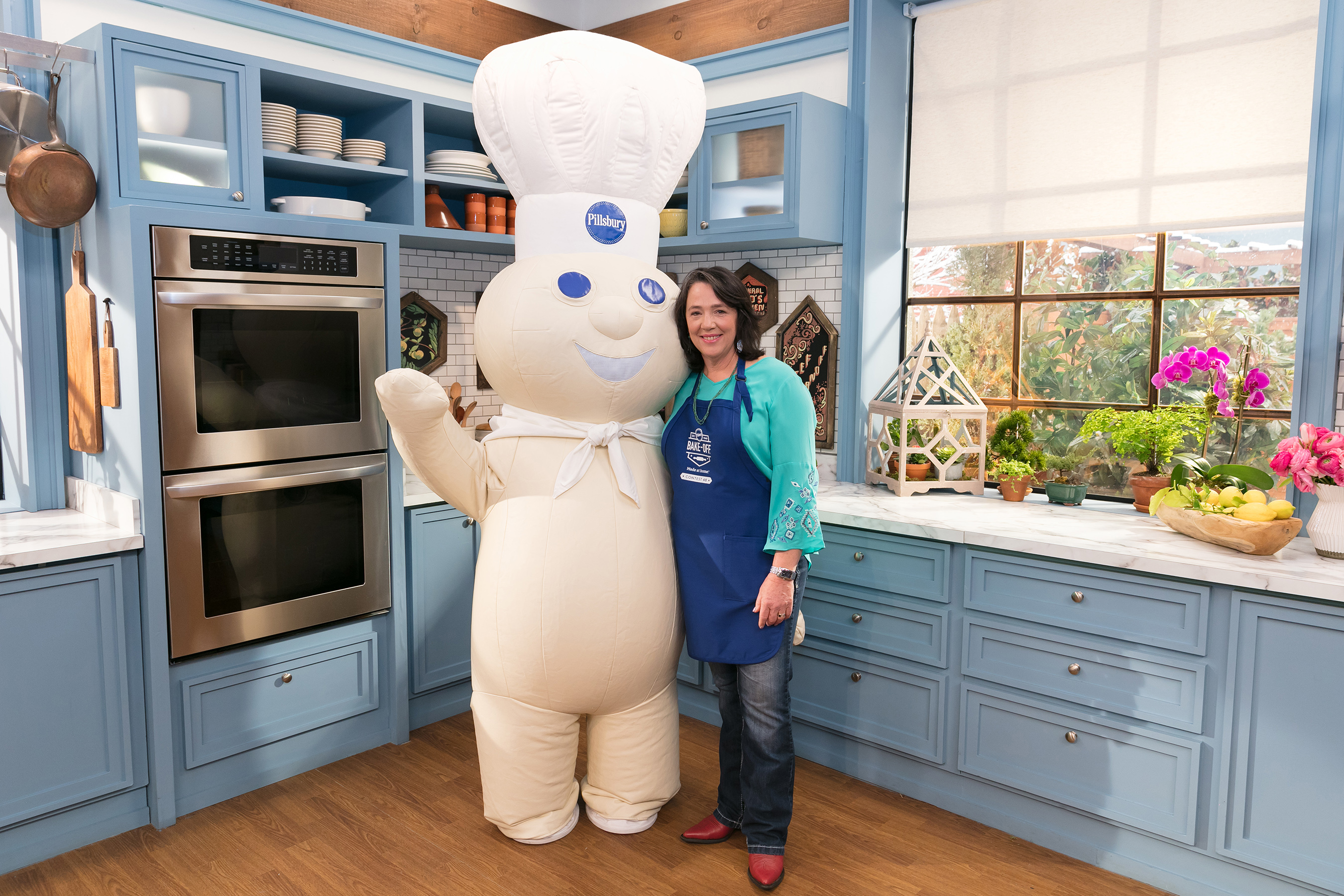 After the 4 category winners are announced in Jan., all finalists will travel to NYC for an appearance on Food Network's hit show, The Kitchen, where the grand prize winner will be revealed in Feb.