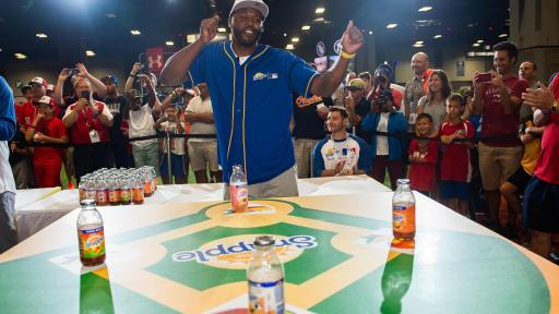 "Cliff Floyd won Snapple's first-ever All-Star Bottle Flip Challenge at MLB FanFest where he competed against Cal Ripken Jr. for the prestigious ""Flip for Flavor"" champion title on Tuesday, July 17 in Washington."