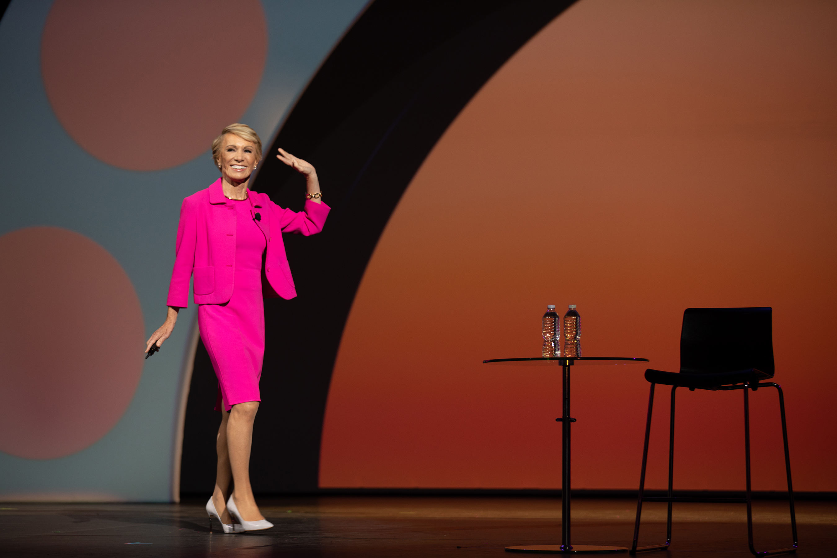 Barbara Corcoran inspires a crowd of thousands of Avon Representatives in a keynote presentation about building their business and leading their teams to greatness at Avon RepFest 2018.