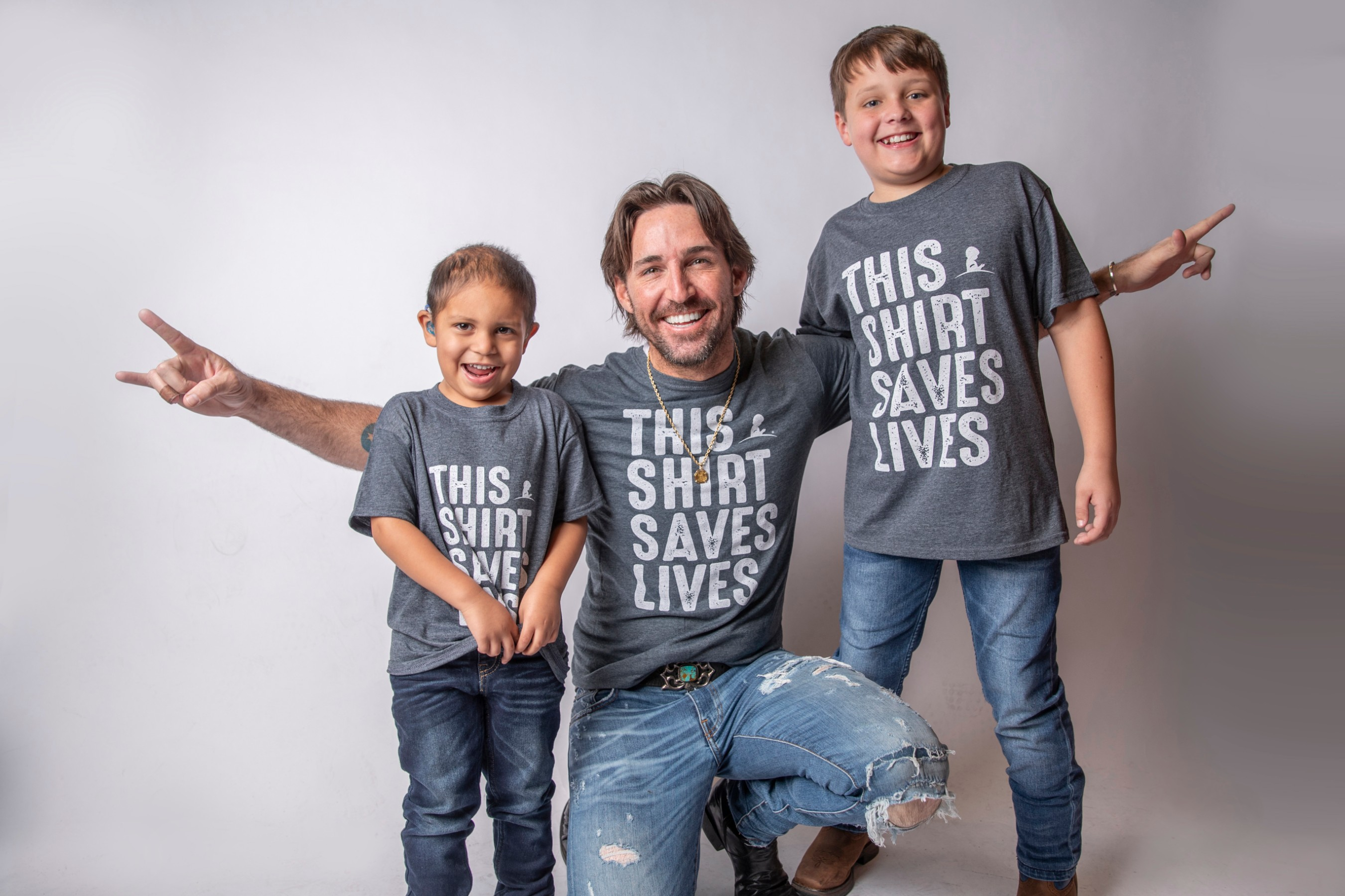 Jake Owen with Abraham and Hutsen - Credit: ALSAC/St. Jude