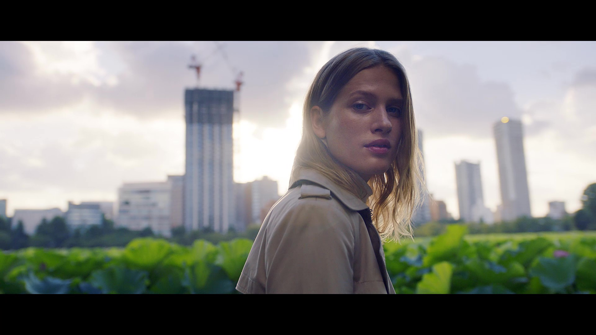 "Banana Republic Fall 2018; 40th Anniversary brand video, ""No Boundaries"""