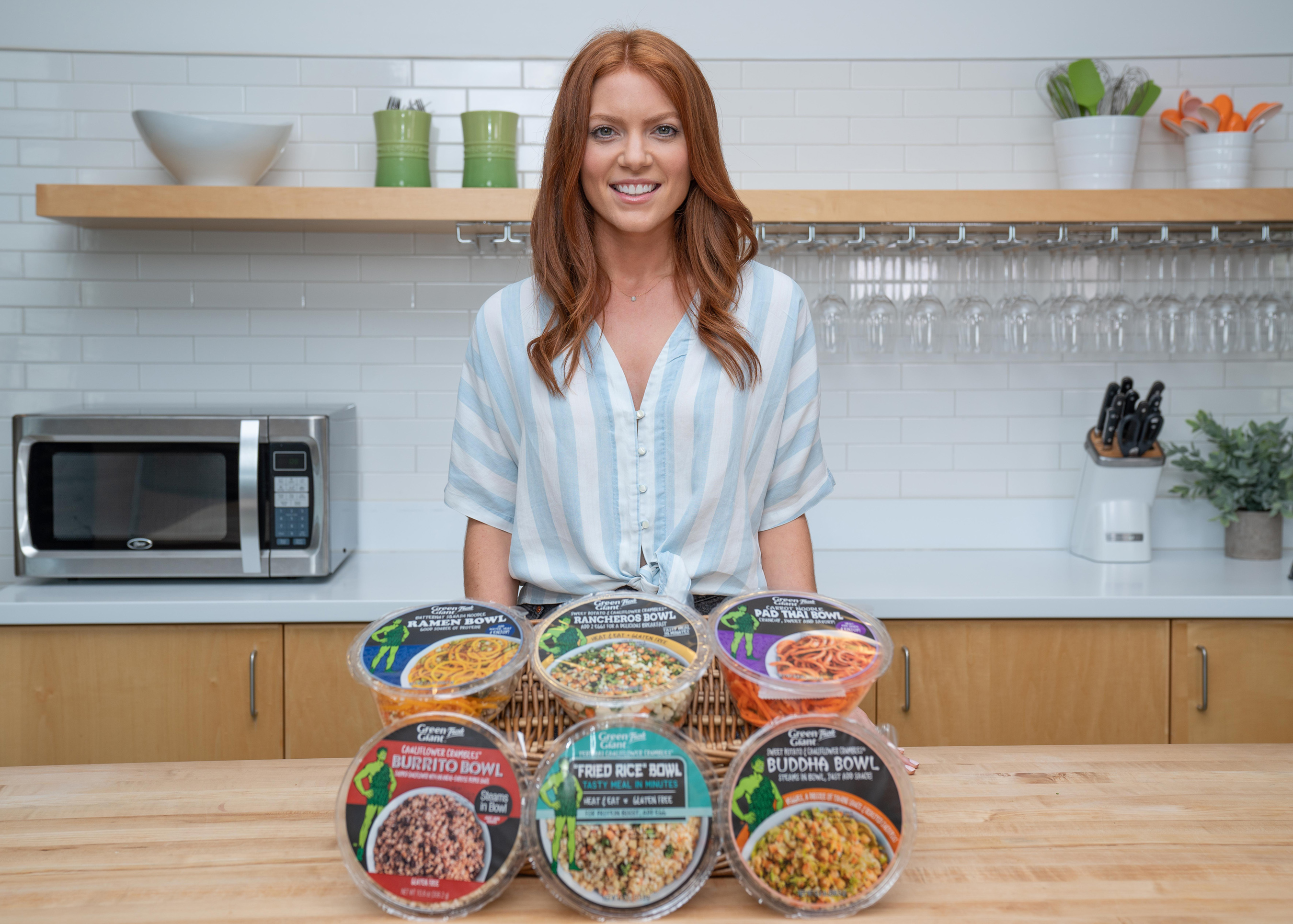 Amanda Lemein, MS, RD, with new Green Giant Fresh Vegetable Meal Bowls.
