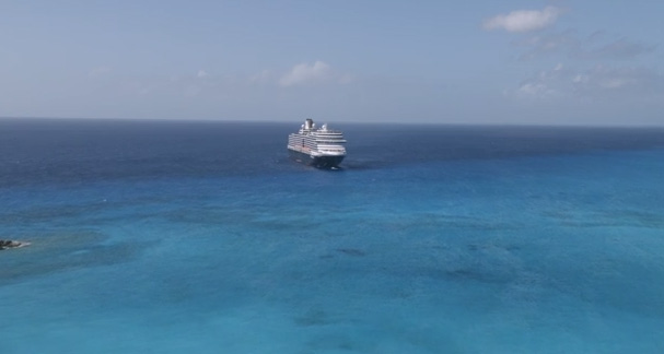 Experience Half Moon Cay, Holland America Line's private island