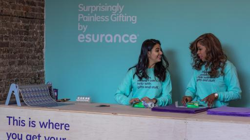 Gifting Property To Family Member >> Esurance Offers Free Dennis Quaid Wrapping Paper to Help Make Holidays
