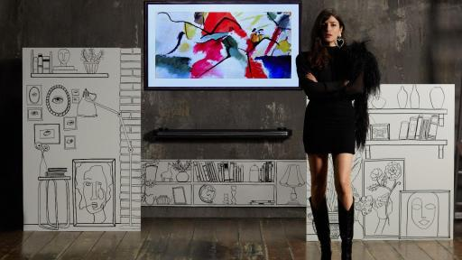 Eleonora Carisi with LG SIGNATURE OLED TV W