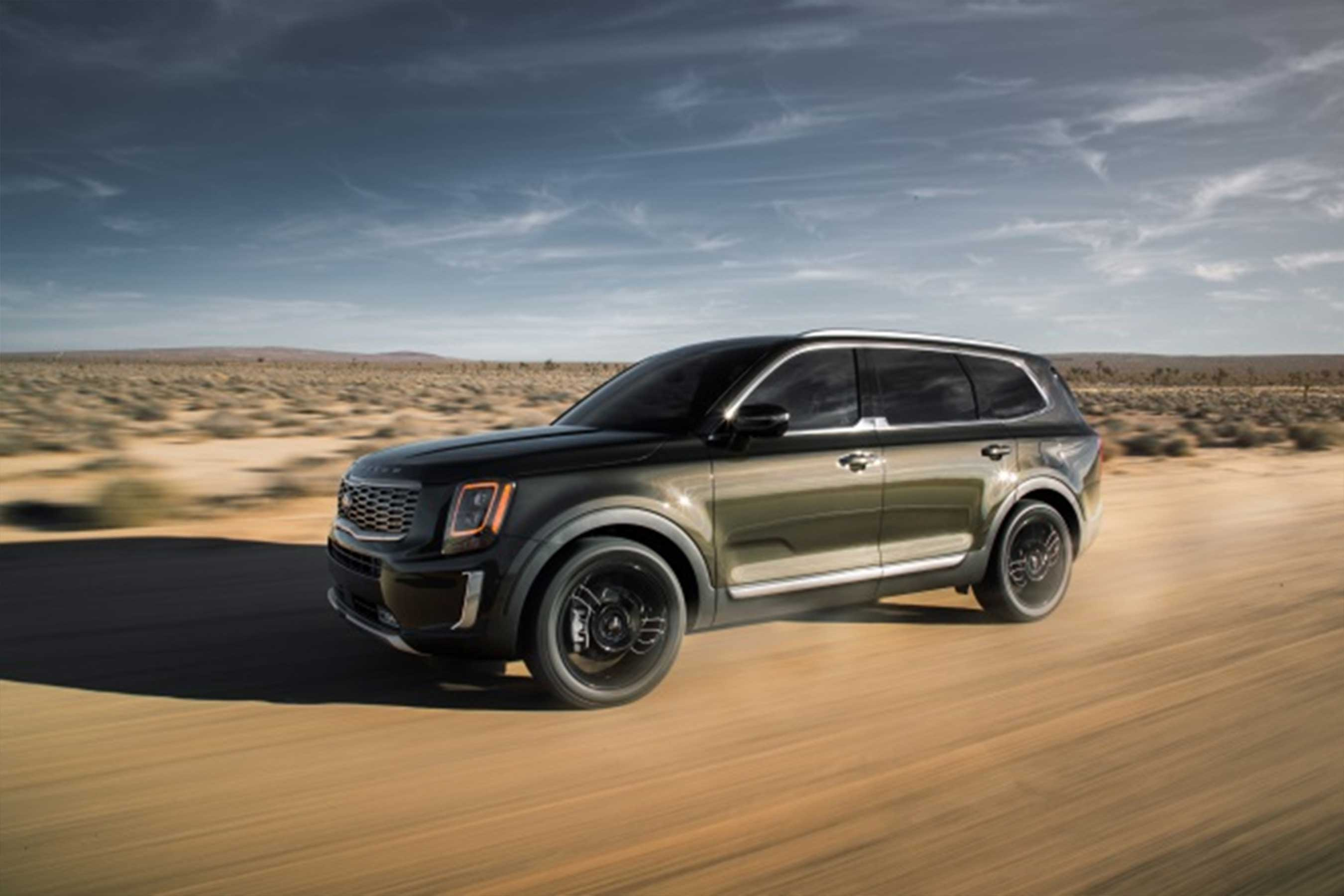 All-new 2020 Kia Telluride makes world debut in Detroit with rugged luxury.