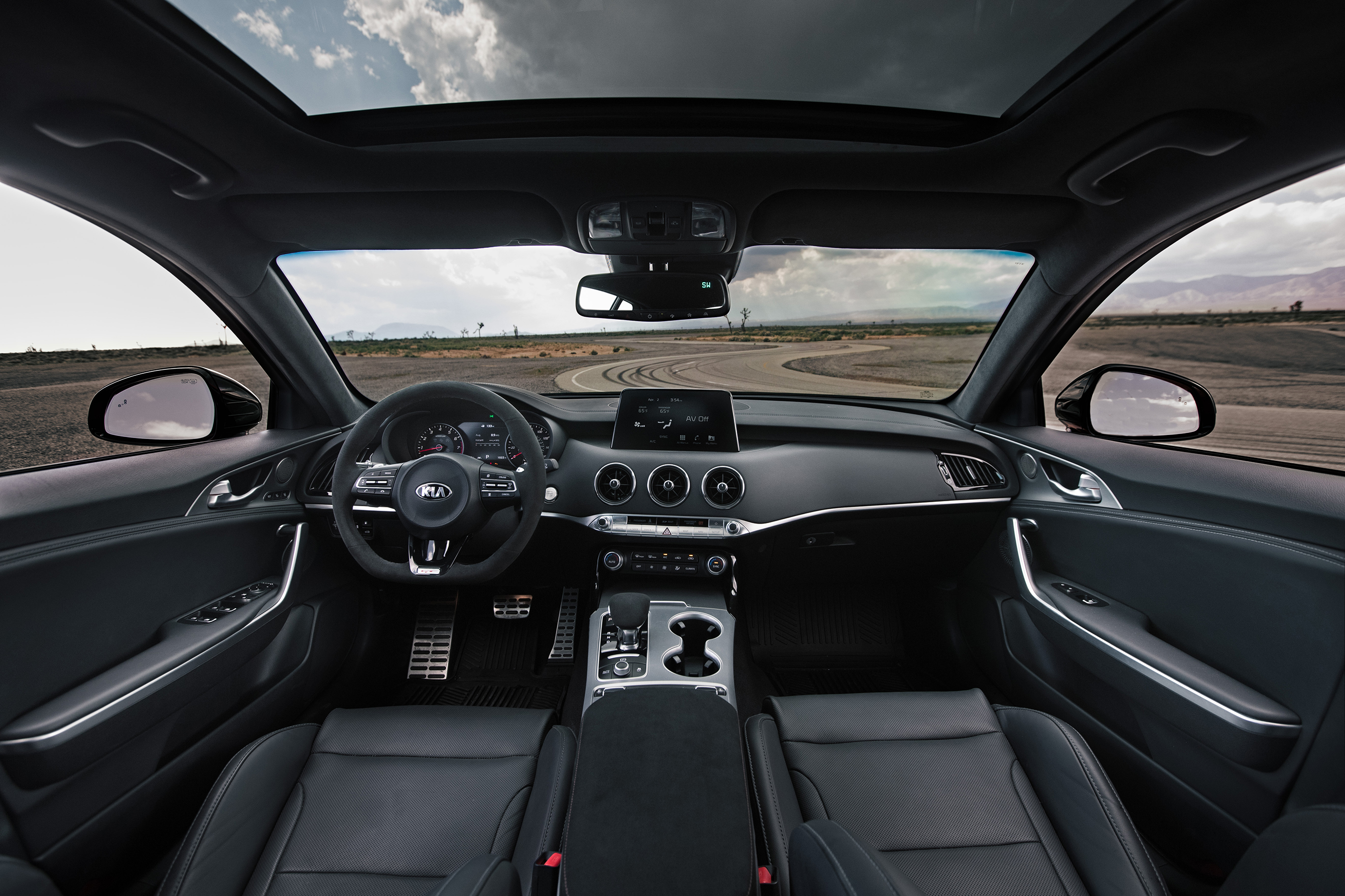 Thanks to a number of interior enhancements, Stinger GTS is tailored-made for driving enthusiasts.