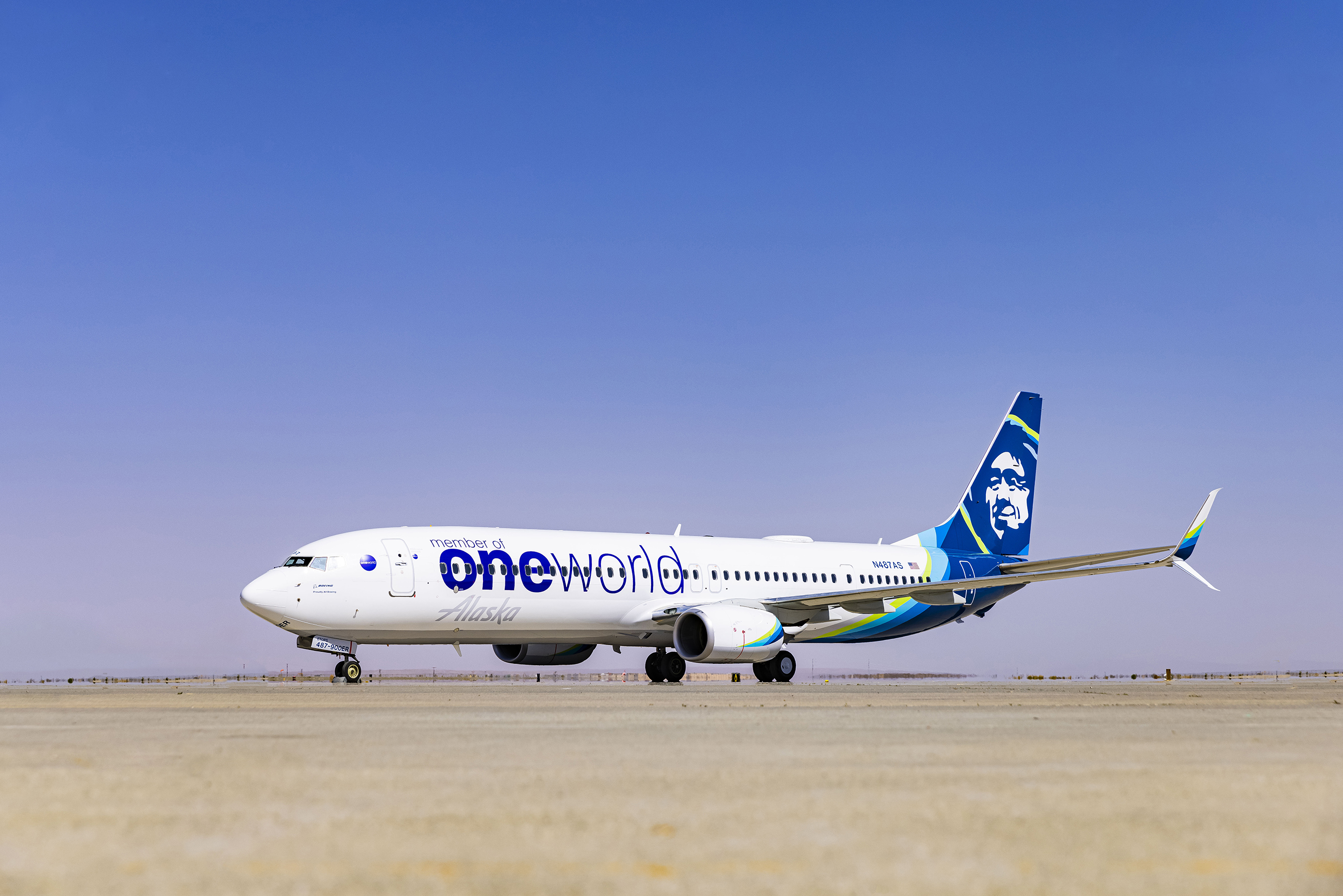 Alaska Airlines reveals its first of three special edition oneworld aircraft liveries in celebration of becoming the 14th member to join oneworld.