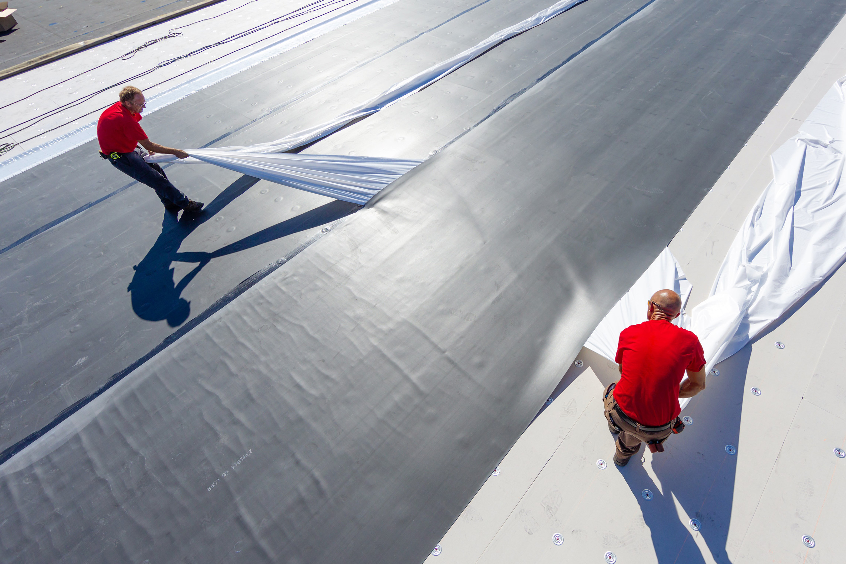 fullforce epdm by firestone building products installs 4x faster