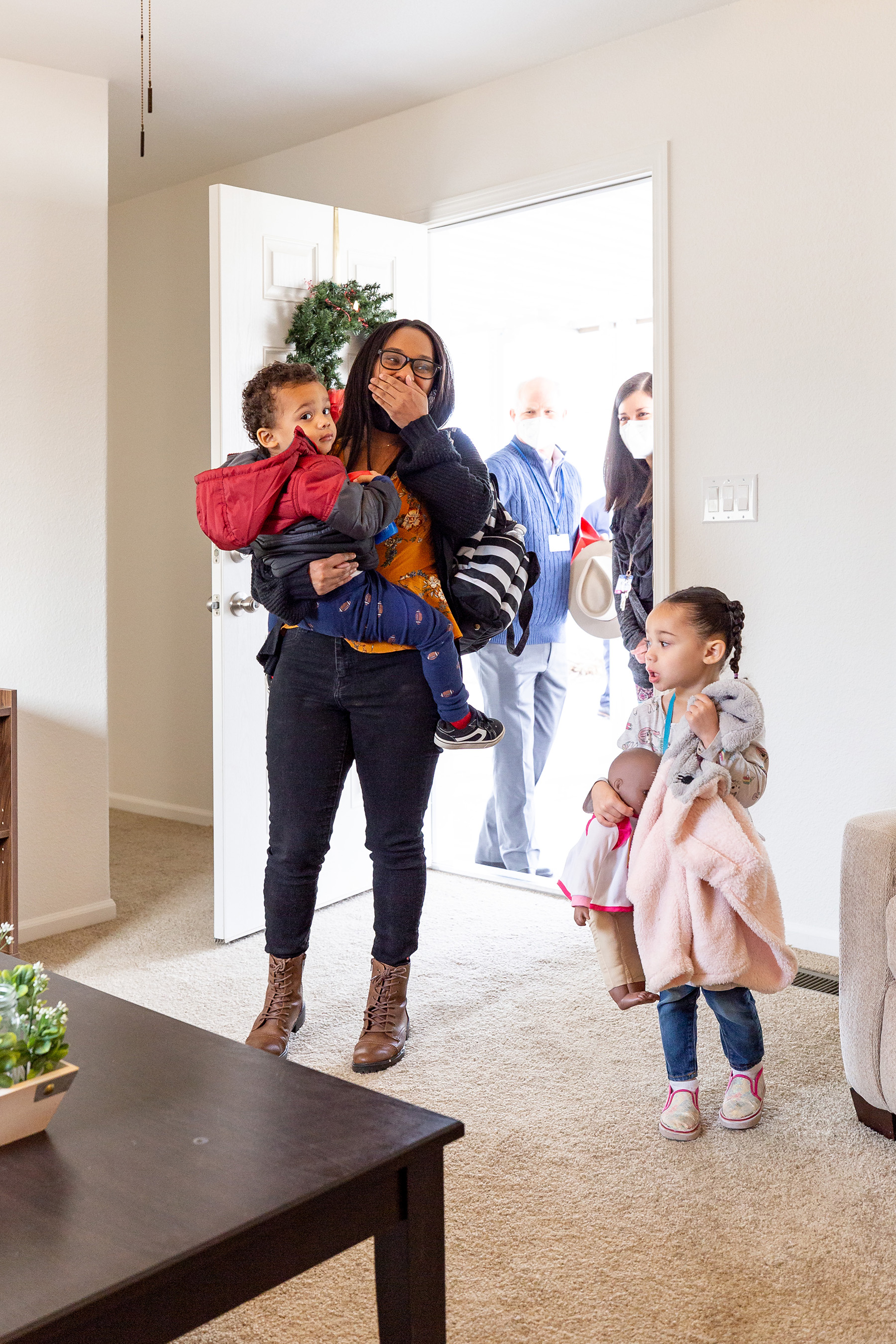 Kameron and her two children walk into their brand new Clayton Built® home for the first time.