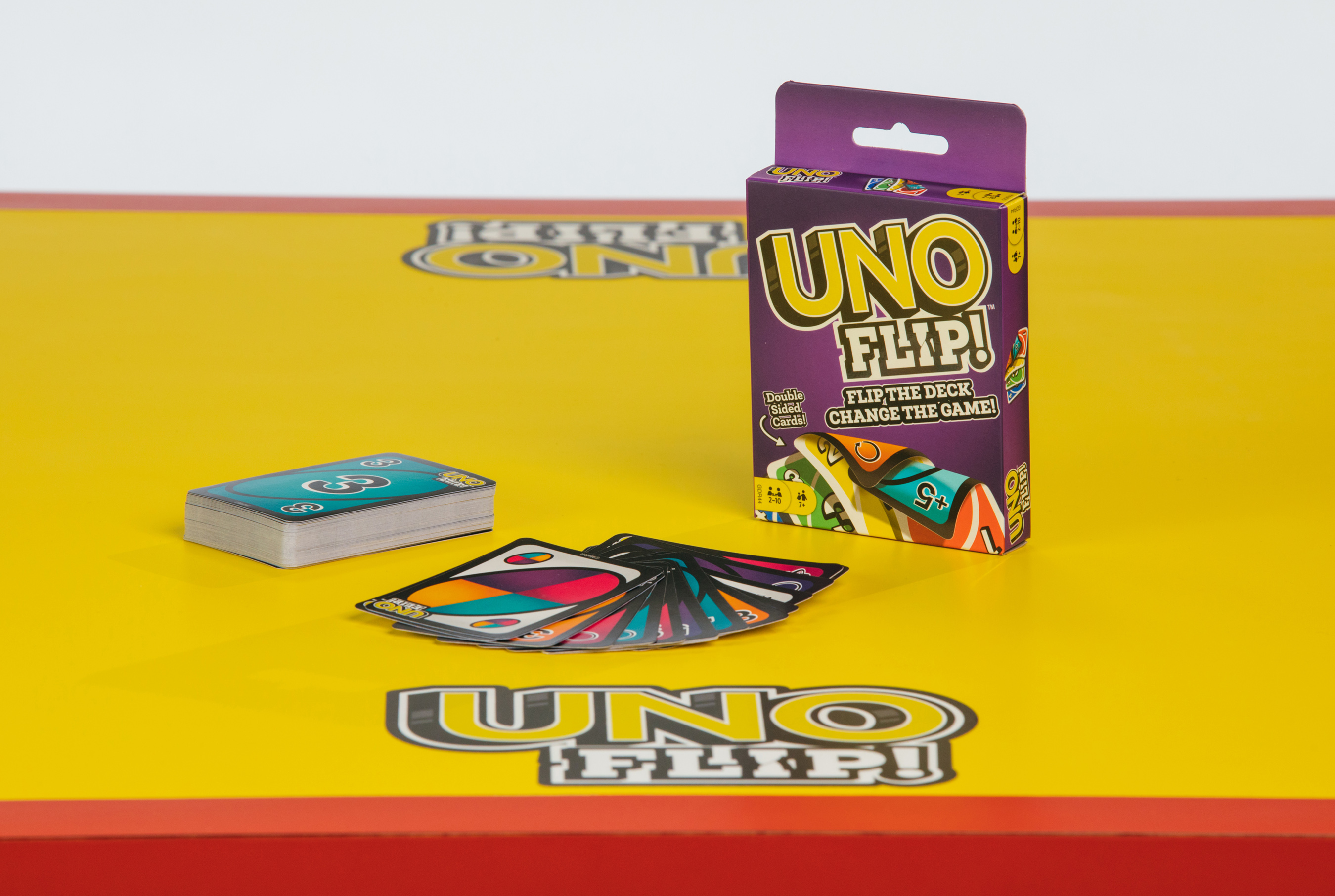 UNO FLIP! Cards and Packaging