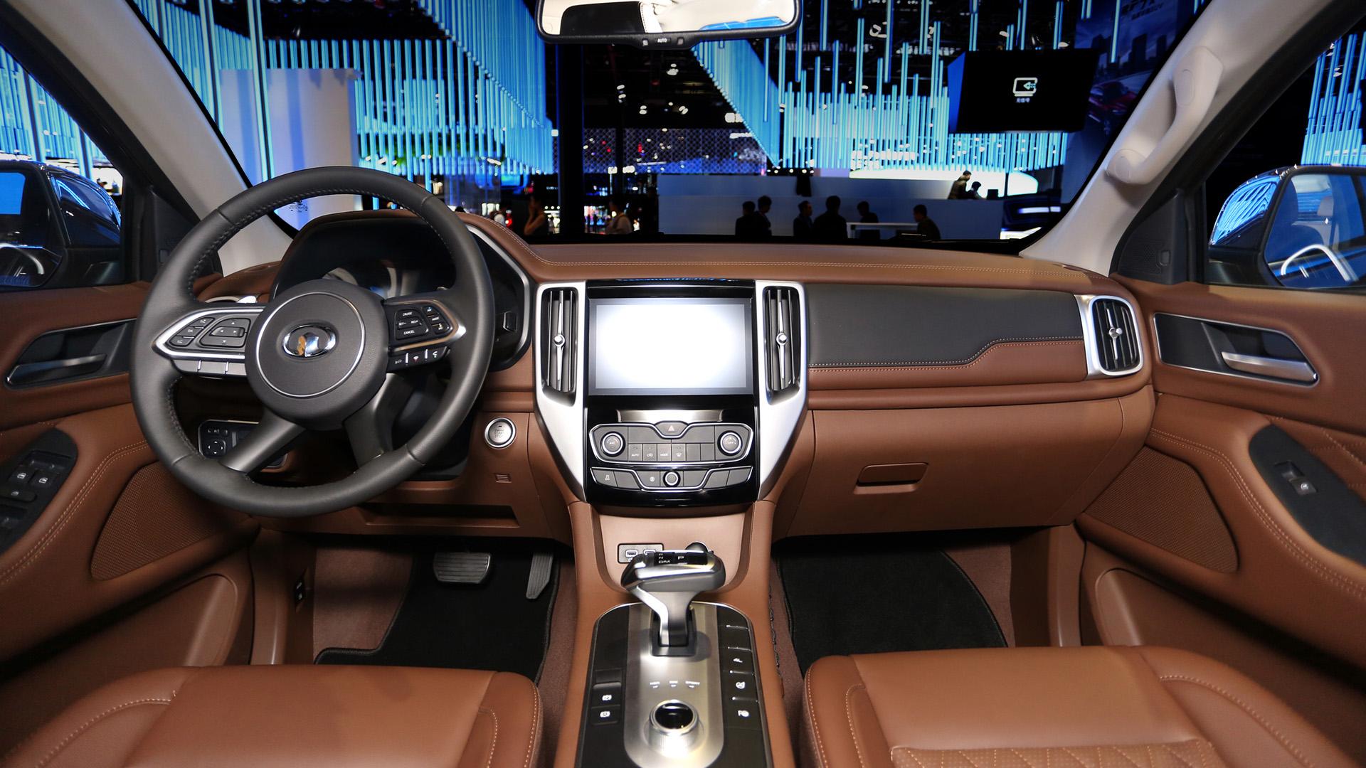 长城汽车为新的P系列皮卡推出三种车型