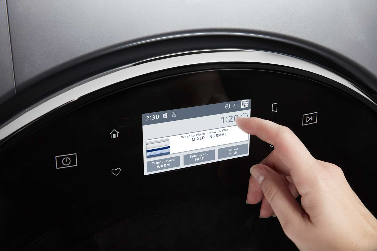 Intuitive Touch Screens on the Whirlpool® Smart Front Load Pair guide you to the correct washer and dryer presets and hold up to 35 pre-programmed cycles to keep your most used settings easily available.