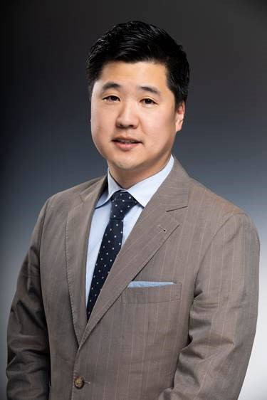 Stephen Ryu, MD, Neurosurgeon at Palo Alto Medical Foundation
