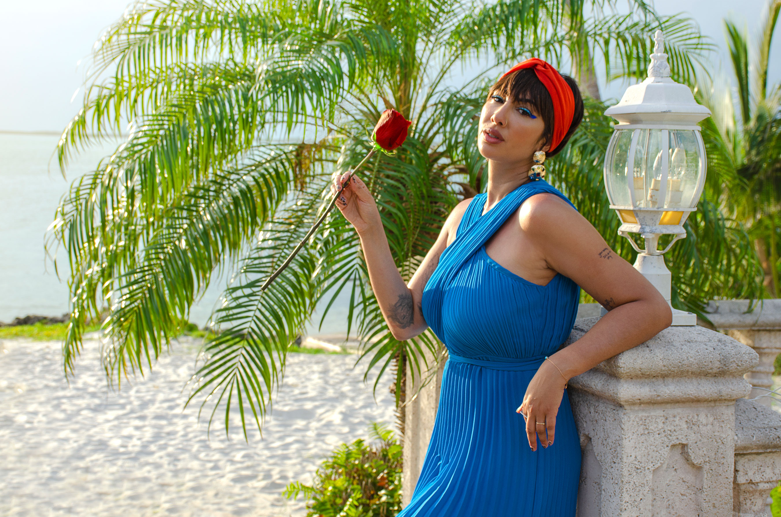 """""""Feelin' Myself Island,"""" a new campaign that parodies typical reality dating show tropes, features actress Jackie Cruz, who instead of competing for the affection and validation of an eligible bachelor, professes her inner confidence through fun-lighthearted takes showing her flirting with herself as the sole """"contestant"""" on """"Feelin' Myself Island."""""""