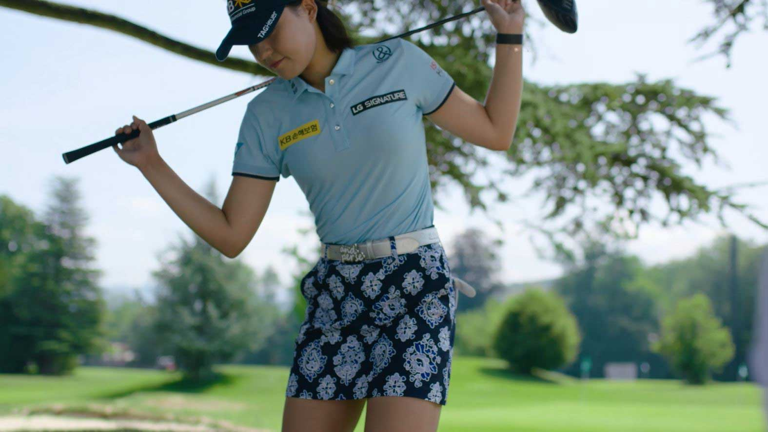 World-class professional golfer, and LG SIGNATURE Brand ambassador, Chun In-gee's preparation for a perfect swing