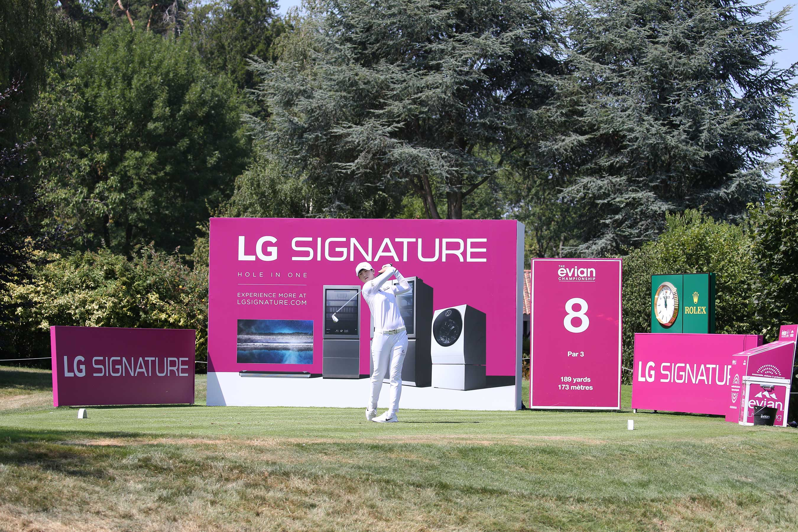Renowned golfer Park Sung-hyun taking her shot at the LG SIGNATURE Hole at the 2019 Evian Championship