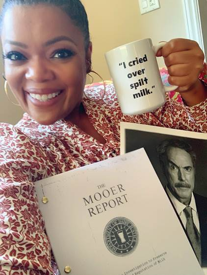Actress, comedian and dairy milk loyalist, Yvette Nicole Brown, flashing a smile and her show of support for #TheMooerReport on Twitter and at TheMooerReport.com. The parody investigation campaign is the latest creative effort by the entity behind 'got milk?', the California Milk Processor Board, in partnership with Funny Or Die, featuring comedic videos and a social media conversation feed @TheMooerReport, aimed at drawing attention to the many untrue myths about milk. (Photo by Yvette Nicole Brown courtesy of her Twitter/IG feeds for CMPB for The Mooer Report)