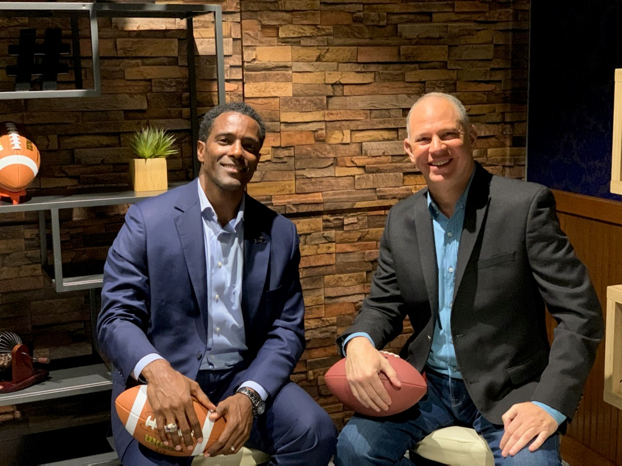 Jet It Founder and CEO, Glenn Gonzales (left), with Jet It partner, ESPN's Senior Fantasy Analyst, Matthew Berry (right).