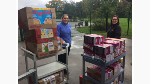 In the U.K., employees from our Wrexham plant helped deliver 1,000 kilograms of food to benefit local hunger relief organizations.