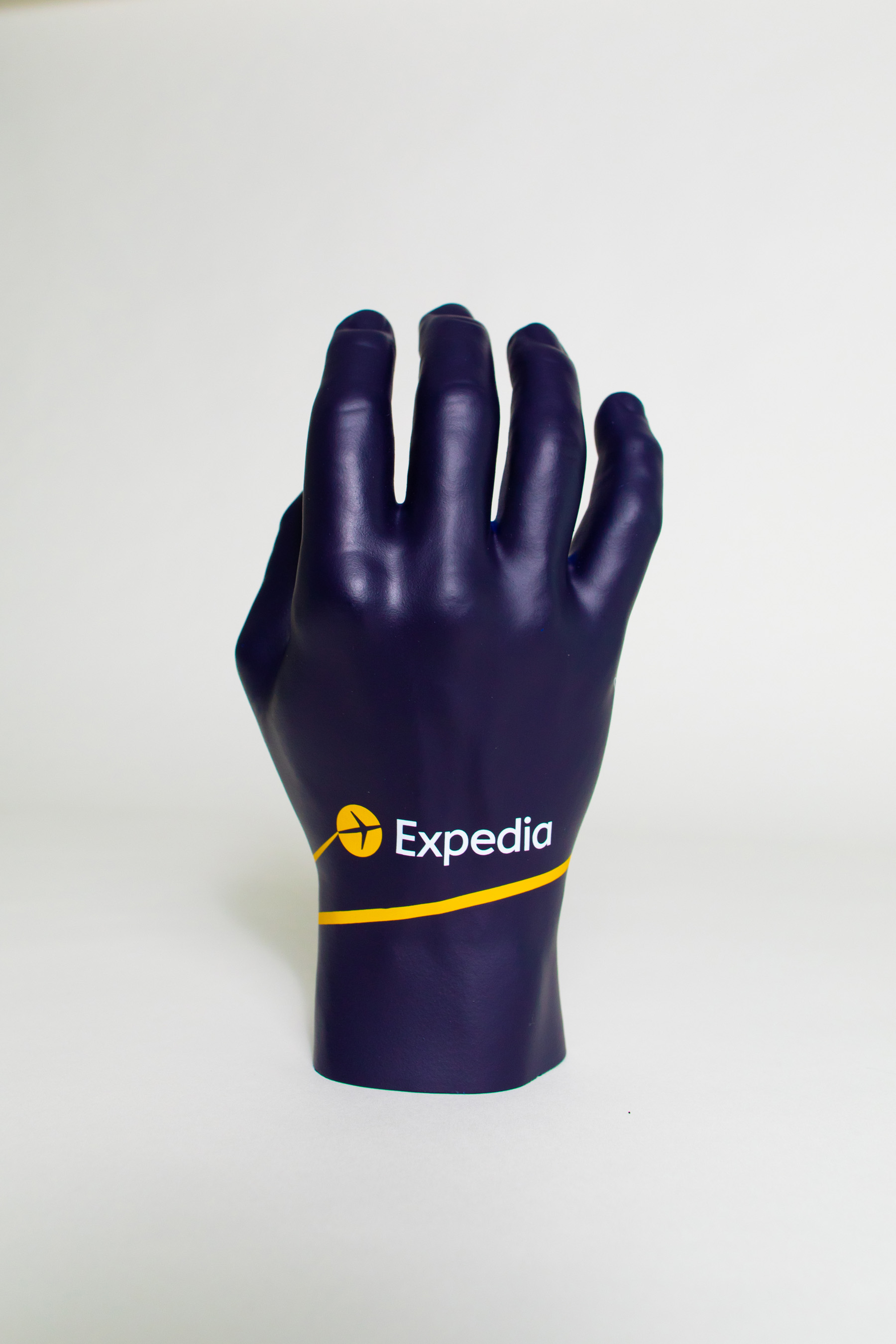 The Expedia Helping Hand was made using a 3D printer and stereolithography technology, then individually painted with custom artwork