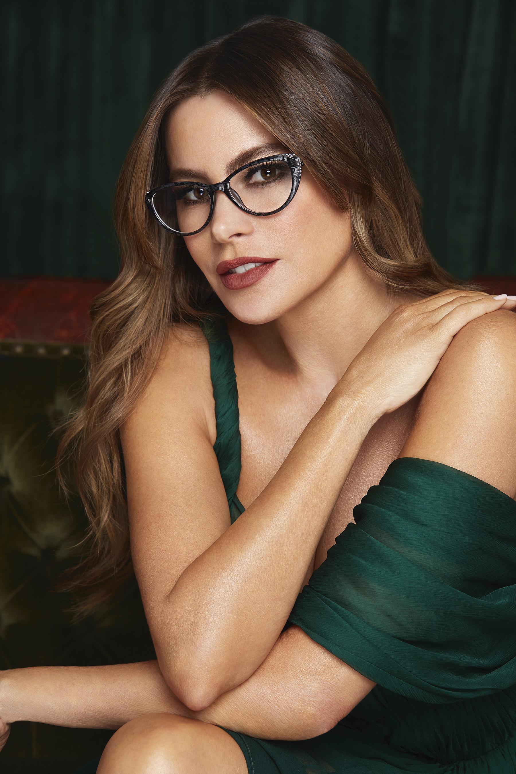 Sofia Vergara x Foster Grant