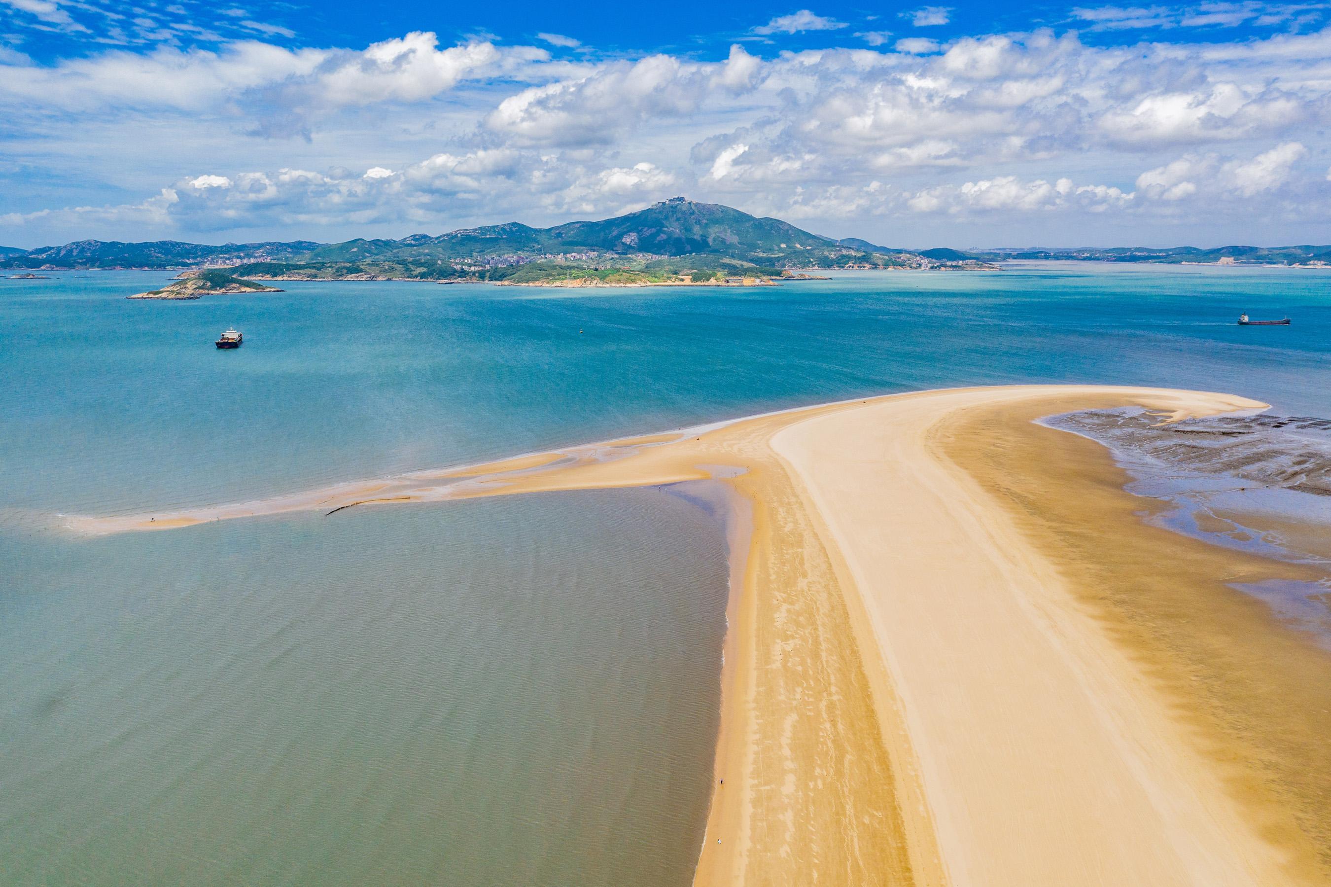 Jianmin Sand Dike (Trunk Bay)