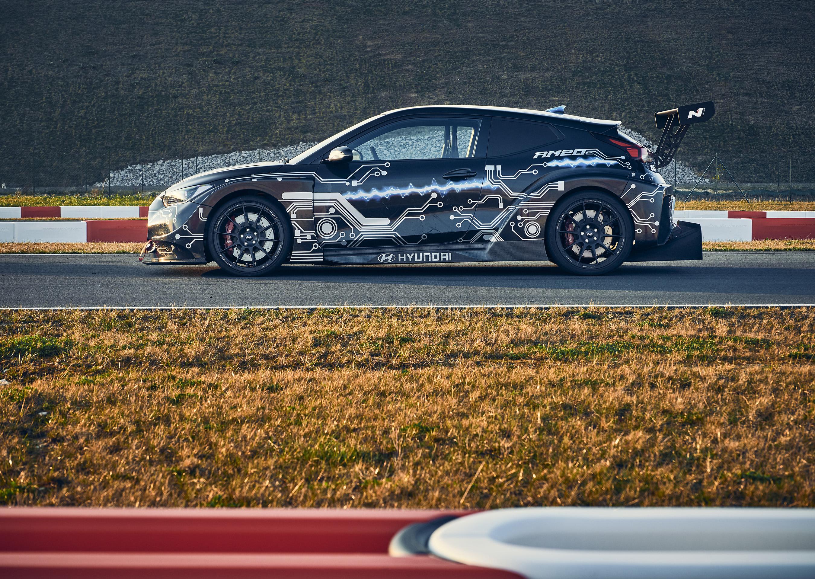 Hyundai introduces next-generation electrified RM20e Racing Midship Sports Car