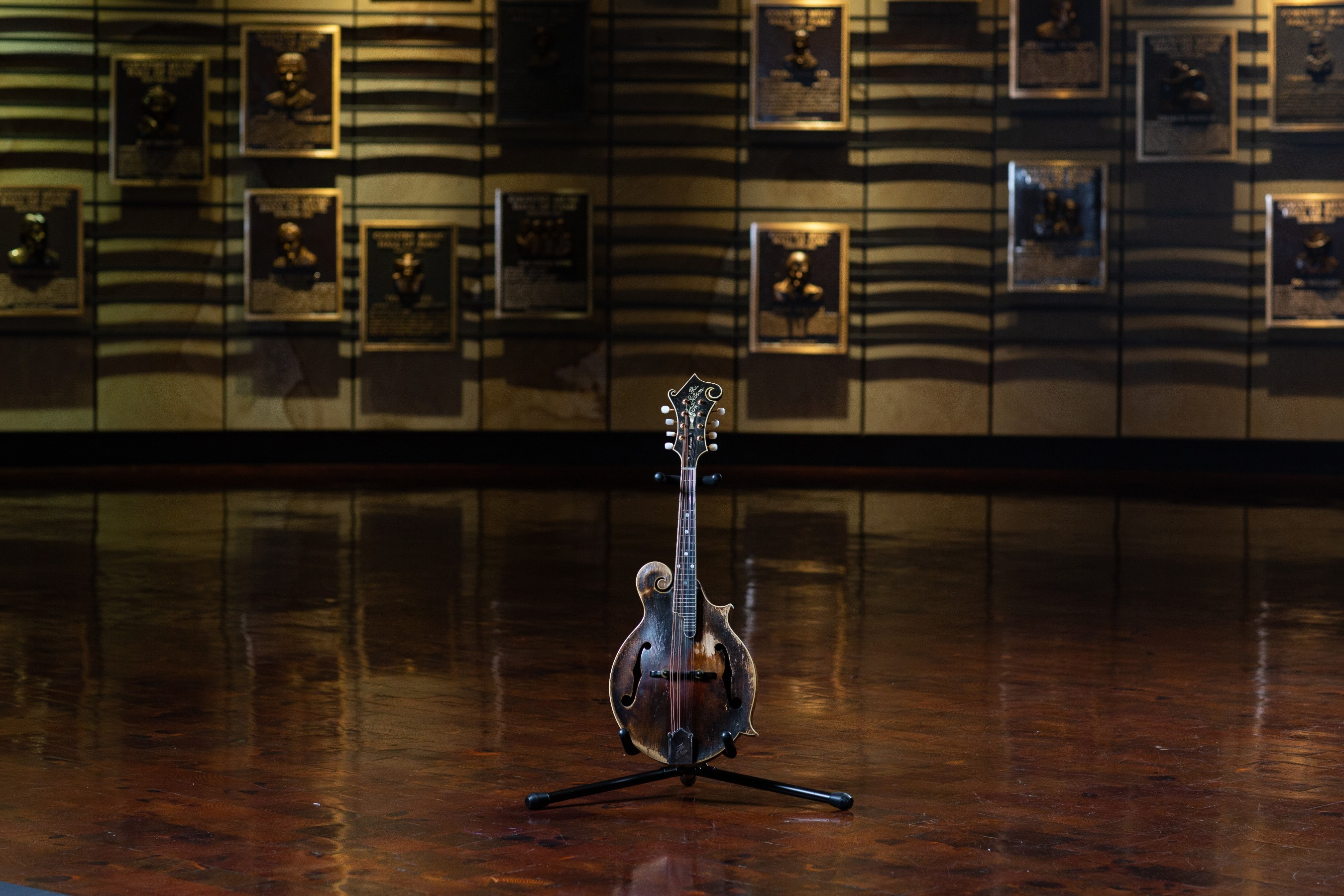 Bill Monroe's 1923 Gibson F-5 mandolin; signed and dated by Lloyd Loar on 7/9/23 (museum collection). Photo by Bob Delevante for the Country Music Hall of Fame and Museum.