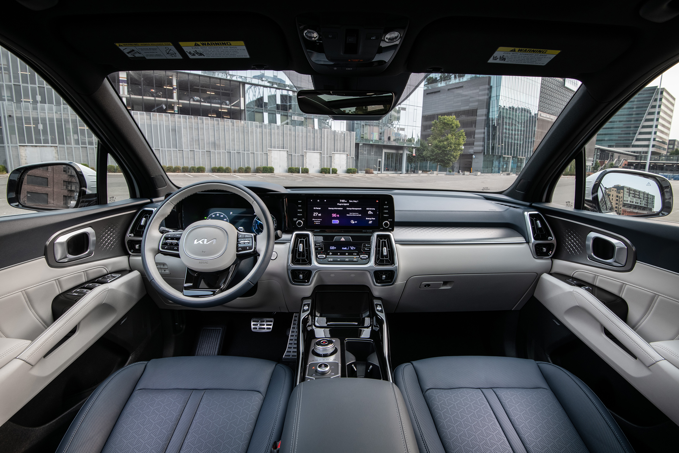 The Sorento PHEV delivers an upscale and feature-rich cabin accommodating up to six passengers and is the only mainstream PHEV SUV to offer three-row seating.