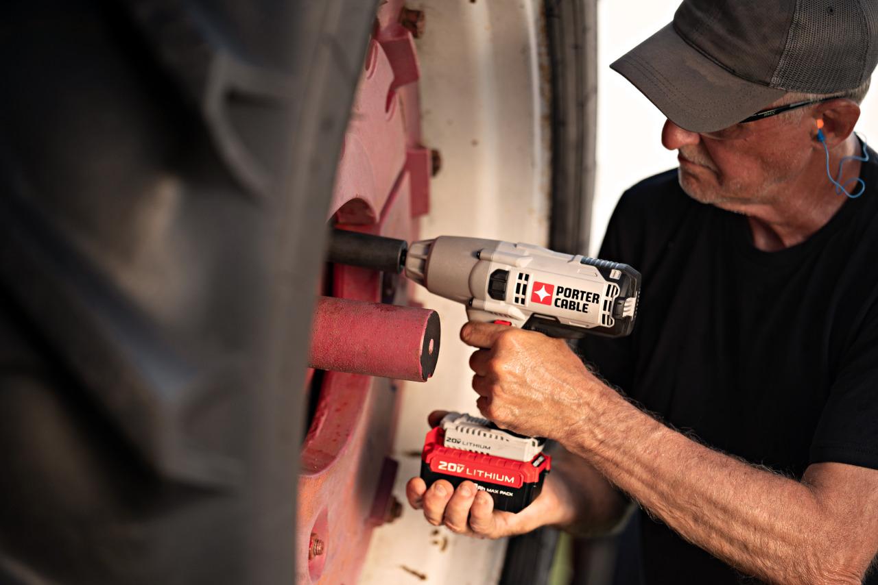 PORTER-CABLE Impact Wrench Application