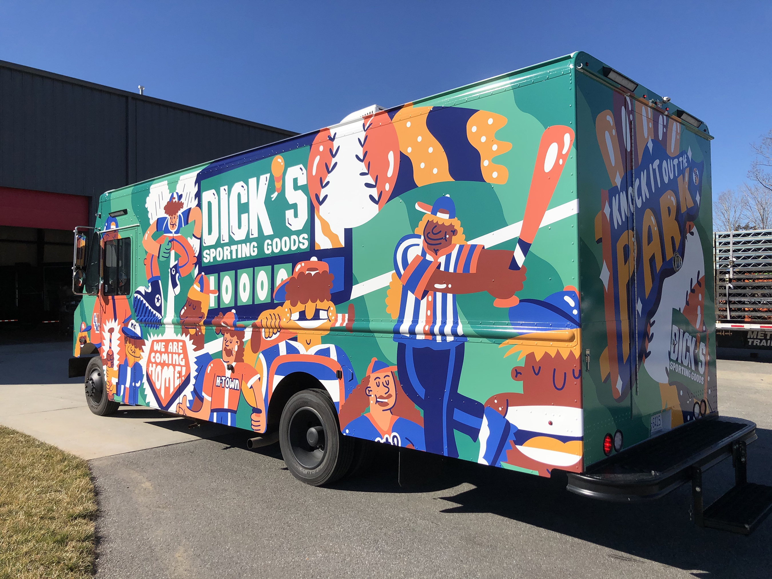 DICK'S Sporting Goods and The DICK'S Sporting Goods Foundation Provide Equipment To 10,000 Baseball and Softball Youth Athletes On 8-City Tour