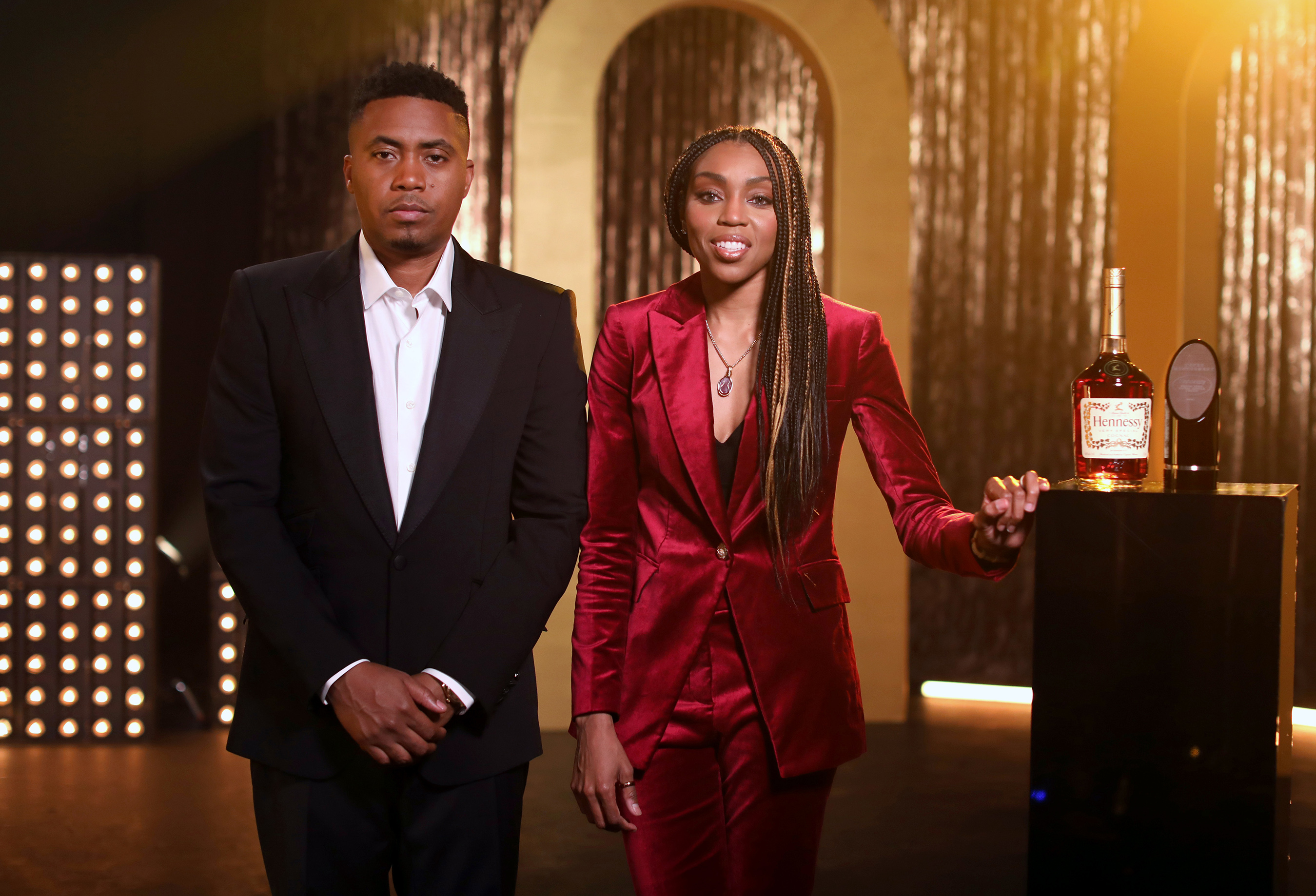 This past weekend during the 52nd Annual NAACP Image Awards, legendary recording artist Nas presented the first-ever Hennessy