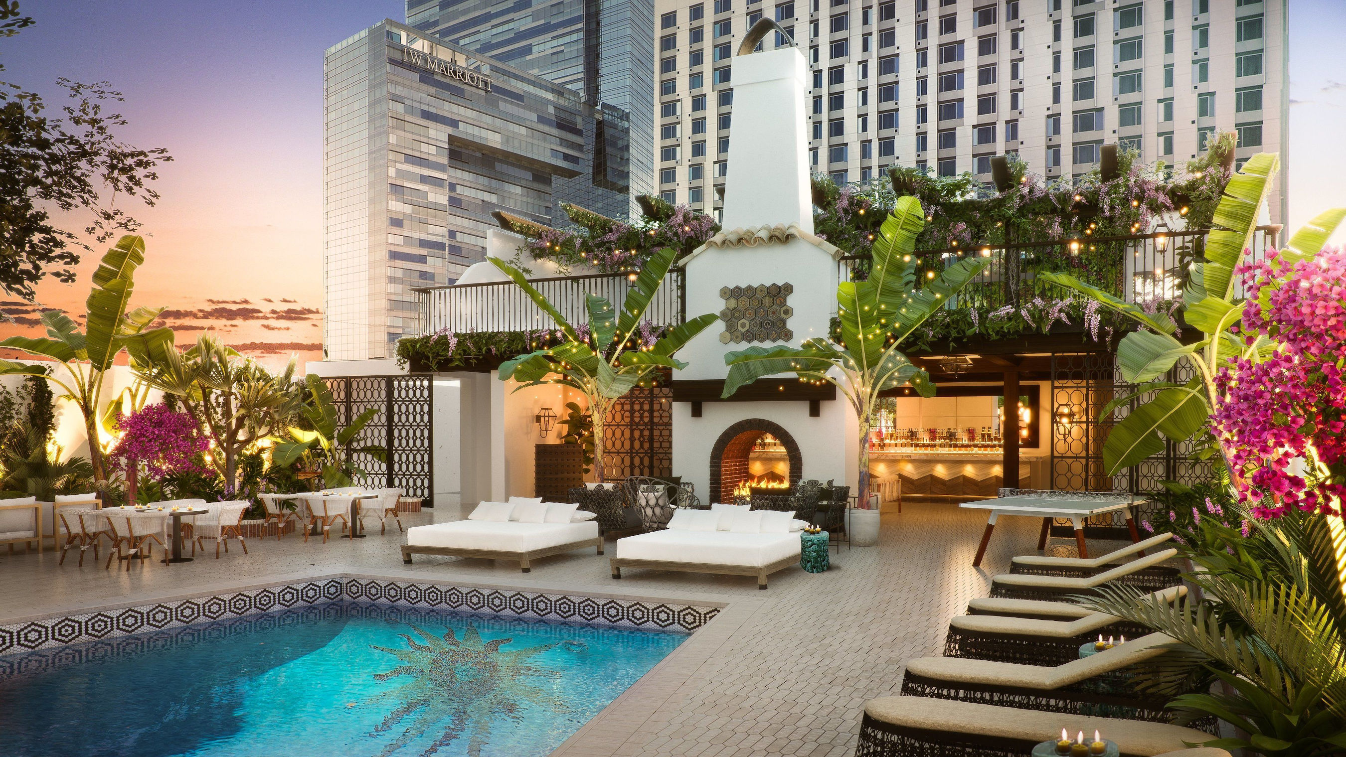Save on a Stay at Hotel Figueroa During Expedia Travel Week