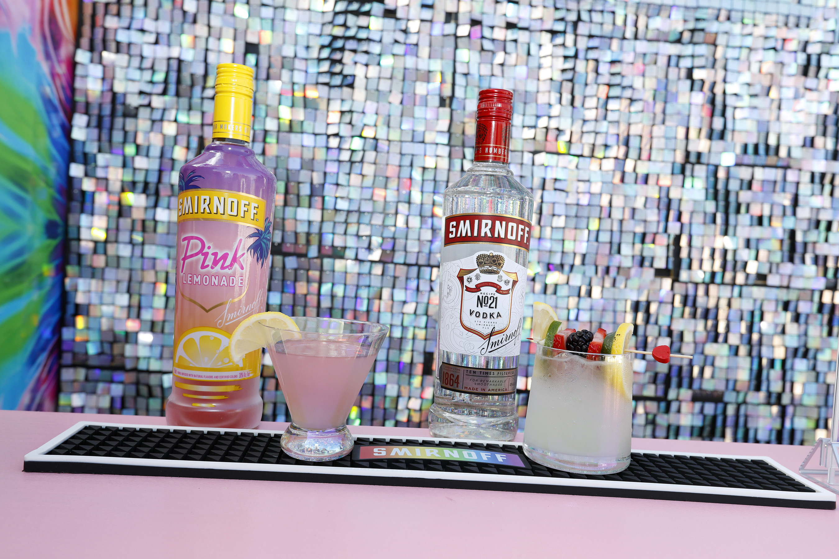 """Smirnoff Launches Year-Long Campaign """"Color The Future"""" With An Immersive Cocktail And Aura Experience To Toast To A More Inclusive Future For All"""