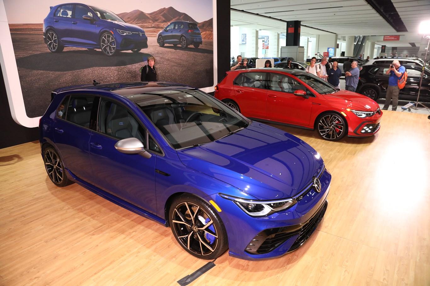VW Golf GTI and Golf R