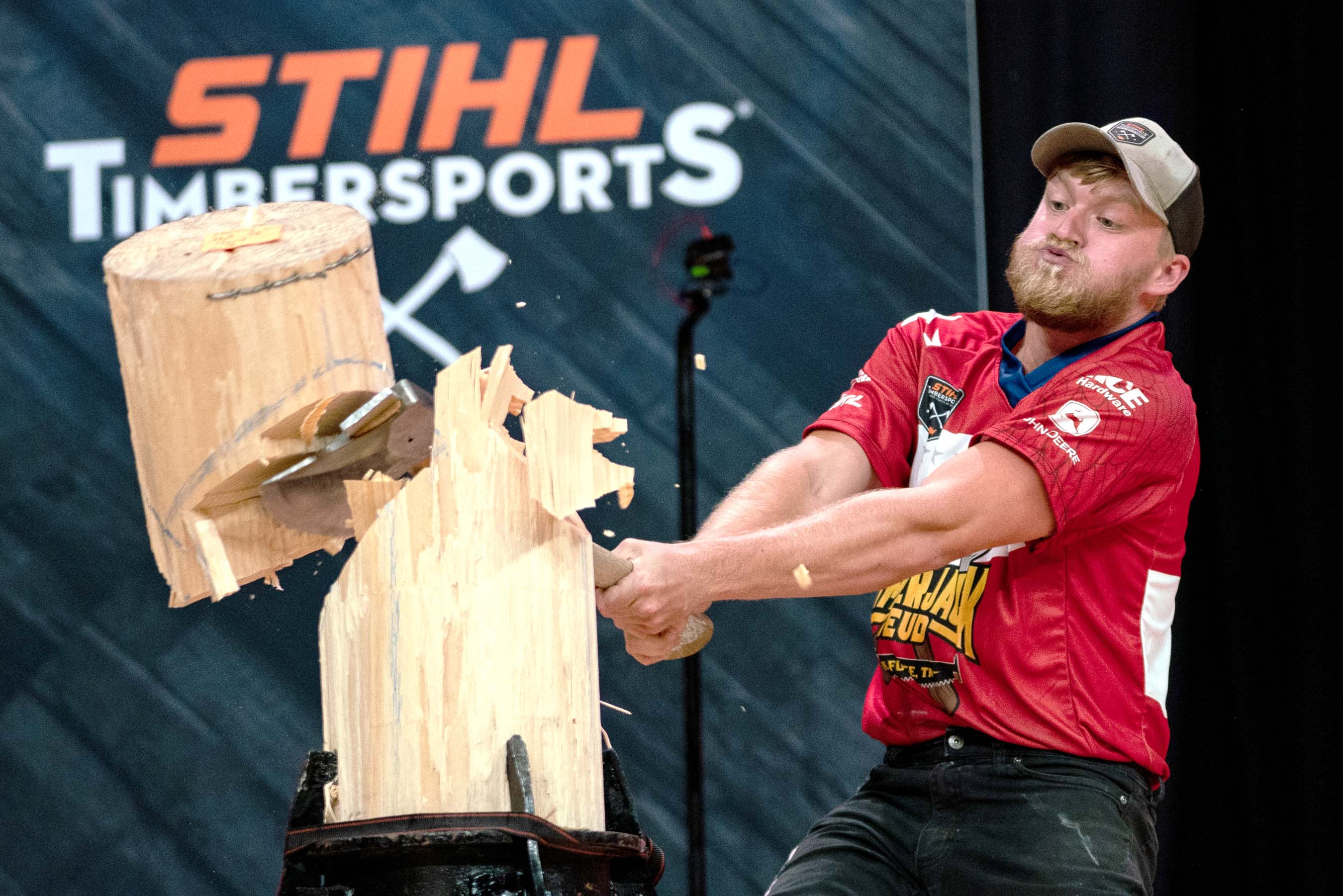 Darby Hand takes on seven others in a fiercely contested battle for the new U.S. STIHL TIMBERSPORTS Rookie Division Championship.