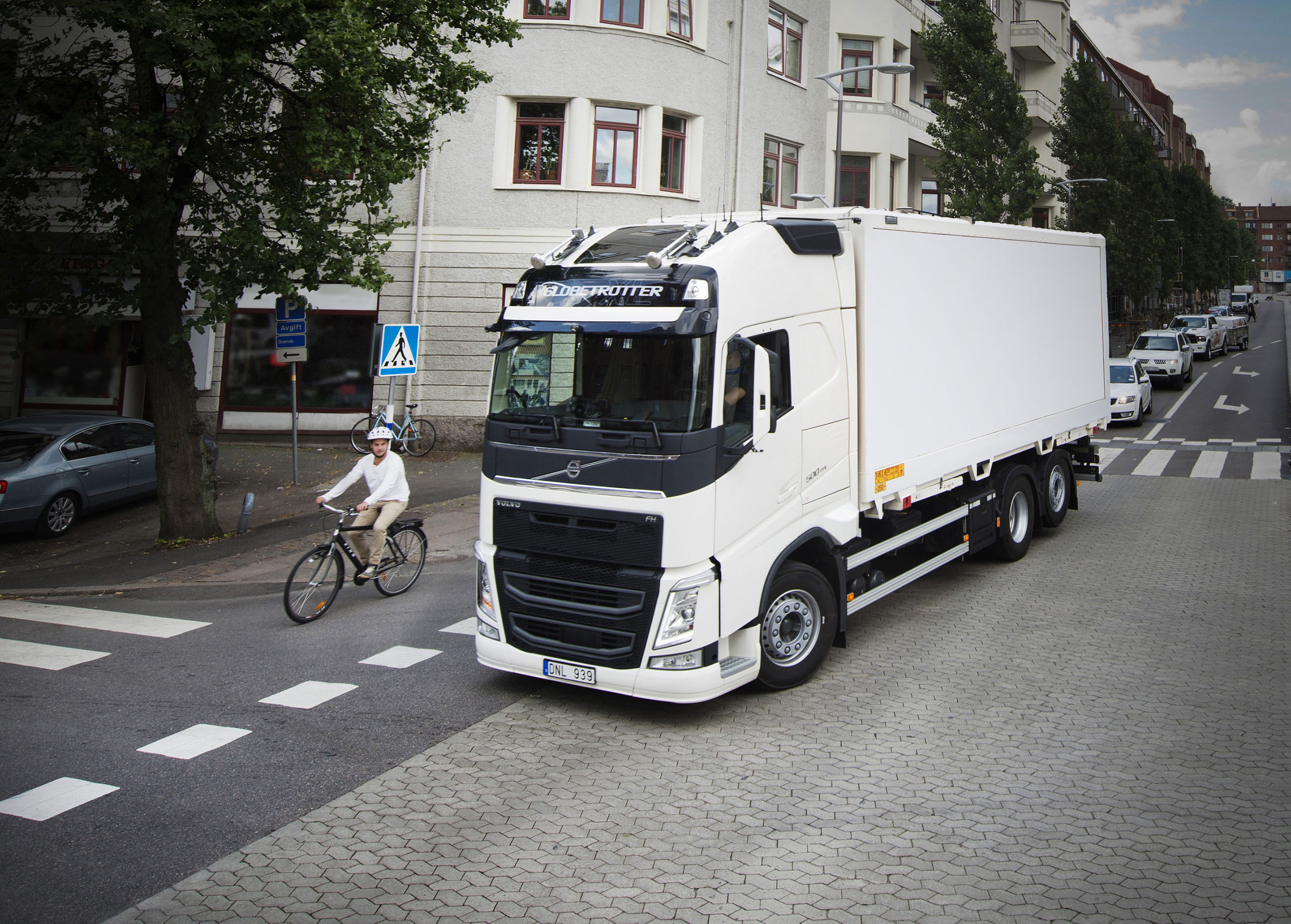 volvo trucks. vulnerable roadusers are in focus the 2017 volvo trucks safety report