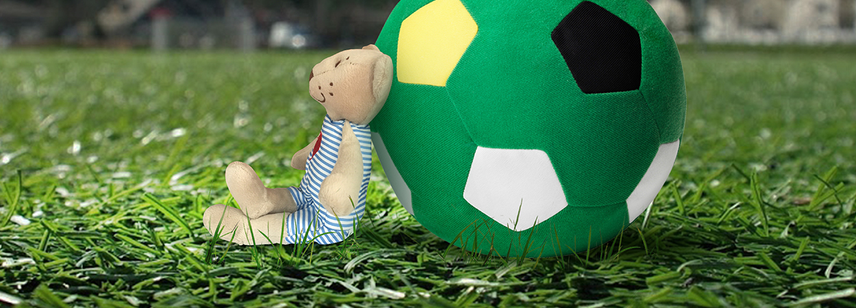 Burhan Bear guesses results of football fixtures
