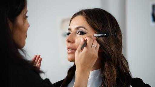 Le Défilé - L'Oreal Paris - Eva Longoria - Backstage - Photo Credit: Delphine Achard